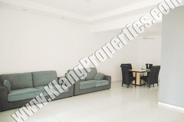 For Sale Terrace at Bandar Bukit Tinggi 2, Klang Freehold Semi Furnished 4R/4B 728k