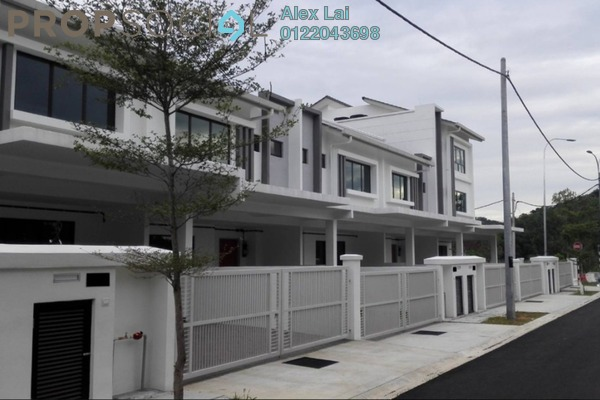 For Rent Superlink at Kasia Greens, Nilai Freehold Semi Furnished 4R/4B 1.8k