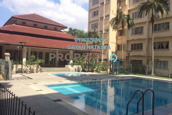 For Sale Condominium at Kenaria Condominium, Kajang Freehold Semi Furnished 3R/2B 235k