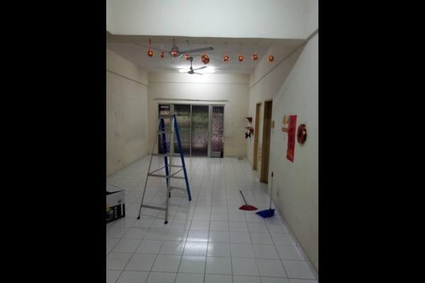 For Sale Apartment at Sri Manja Square, PJ South Freehold Semi Furnished 3R/2B 235k