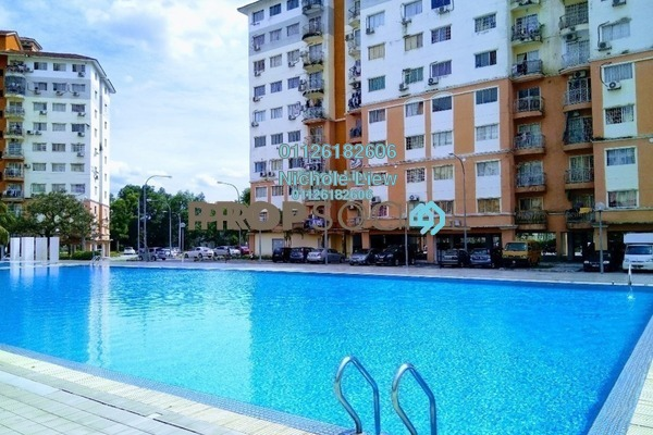 For Sale Condominium at Sri Hijau, Bandar Mahkota Cheras Freehold Semi Furnished 3R/2B 250k