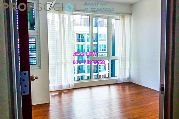 For Rent SoHo/Studio at De Centrum Residences, Kajang Freehold Semi Furnished 2R/2B 1.5k