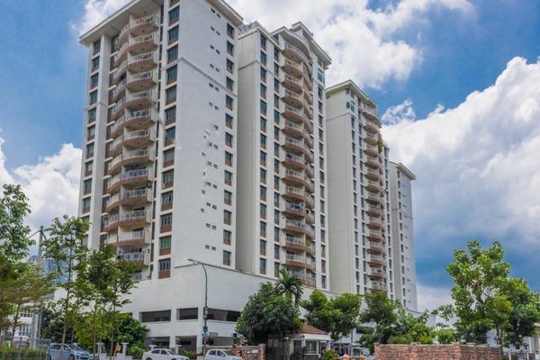 For Sale Condominium at Villa Makmur, Dutamas Freehold Semi Furnished 3R/2B 600k