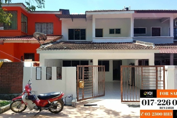 For Sale Terrace at Taman Rakan, Bandar Sungai Long Leasehold Semi Furnished 4R/3B 530k