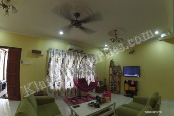 For Sale Terrace at Bandar Parklands, Klang Freehold Semi Furnished 4R/4B 599k