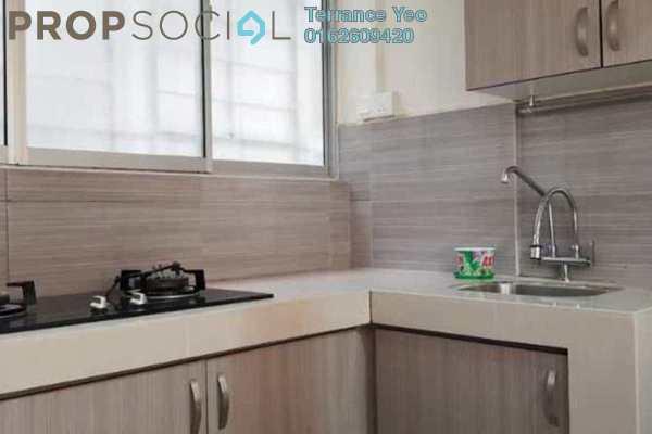 For Sale Condominium at Koi Tropika, Puchong Freehold Semi Furnished 3R/2B 300k