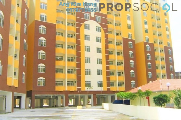 For Sale Condominium at Lagoon Perdana, Bandar Sunway Freehold Semi Furnished 3R/2B 250k