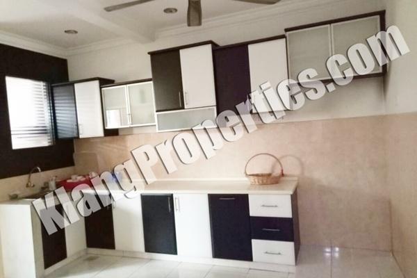 For Sale Terrace at Bandar Bukit Tinggi 2, Klang Freehold Fully Furnished 4R/4B 880k