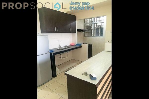 For Sale Apartment at Serdang Villa Apartment, Seri Kembangan Freehold Semi Furnished 3R/2B 289k