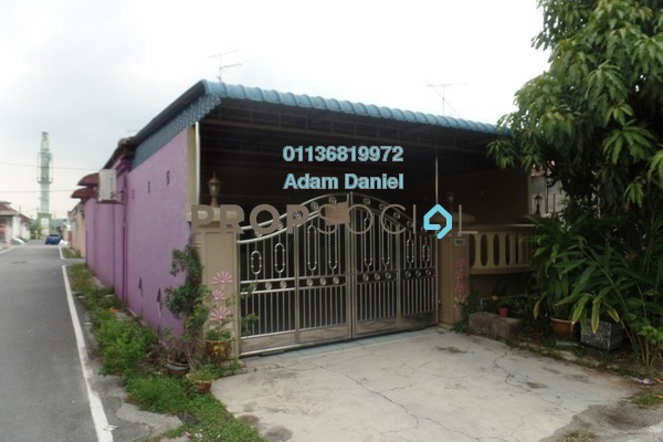 For Sale Terrace at Bandar Putra, Kulai Freehold Semi Furnished 3R/2B 340k