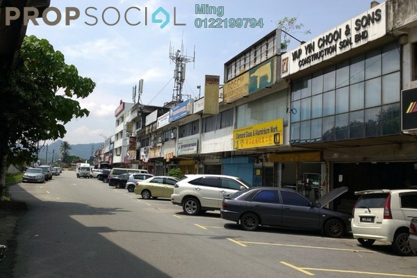 For Rent Shop at Taman Bersatu, Rawang Freehold Unfurnished 0R/2B 1.8k