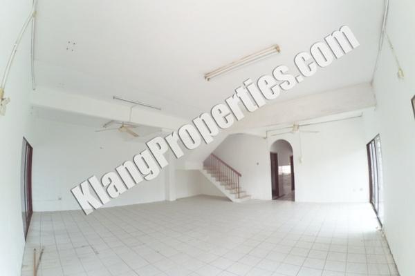 For Sale Terrace at Taman Bayu Perdana, Klang Freehold Unfurnished 5R/3B 850k