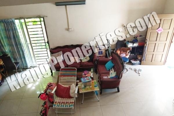 For Sale Semi-Detached at Taman Sejahtera, Klang Freehold Unfurnished 4R/3B 638k
