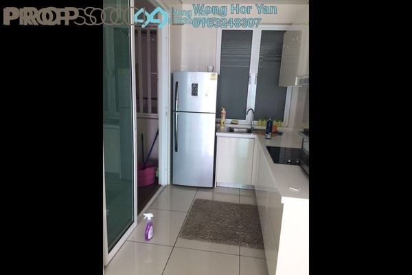 For Sale Serviced Residence at Glomac Damansara Residences, TTDI Freehold Semi Furnished 3R/2B 850k