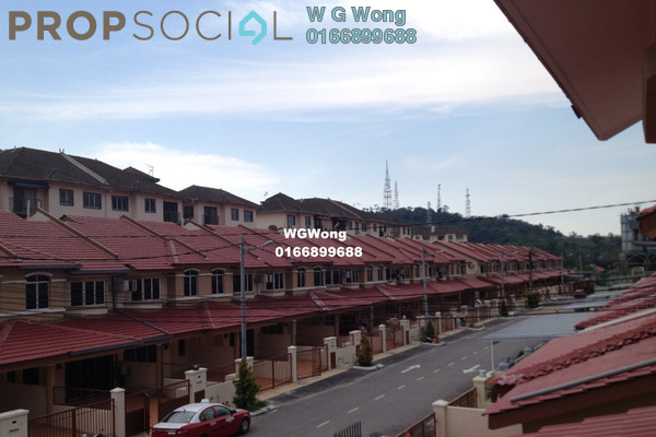 For Rent Terrace at Taman Sri Putra, Sungai Buloh Freehold Semi Furnished 4R/3B 1.25k