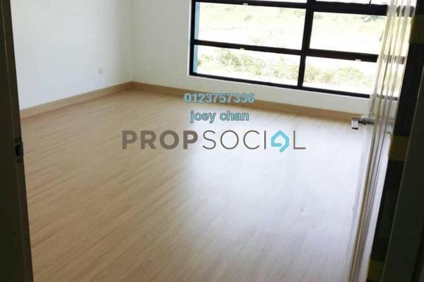 For Sale Terrace at Nafiri, Bandar Bukit Raja Freehold Semi Furnished 4R/4B 758k