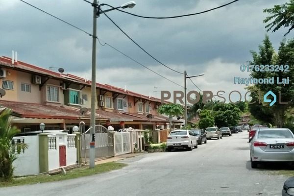 For Sale Terrace at Taman Putra Prima Commercial Square, Taman Putra Prima Freehold Semi Furnished 4R/3B 670k