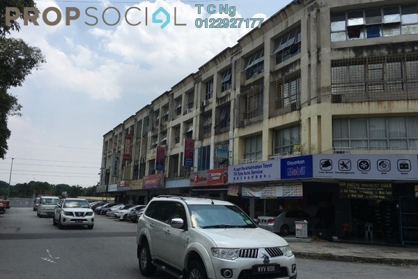 For Sale Apartment at Jalan Bandar, Pusat Bandar Puchong Freehold Unfurnished 3R/1B 300k