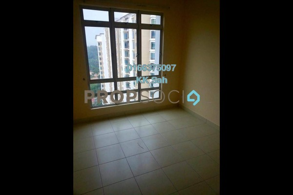 For Rent Condominium at Taman Bukit Serdang, Seri Kembangan Freehold Semi Furnished 3R/2B 1.2k