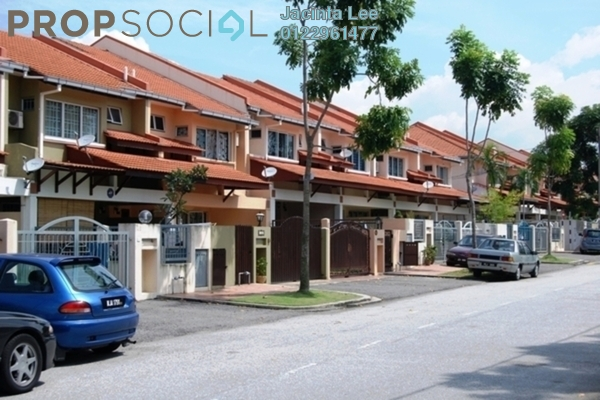 For Sale Terrace at Seri Utama, Kota Damansara Freehold Semi Furnished 4R/3B 729k
