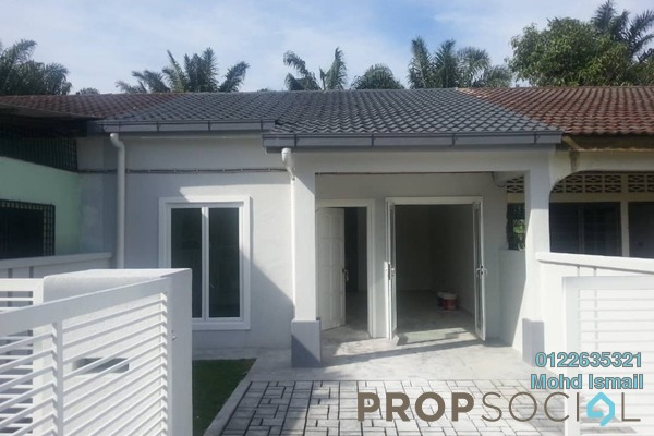 For Sale Terrace at Lukut, Port Dickson Freehold Unfurnished 3R/1B 170k