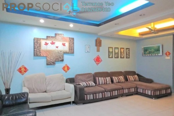 For Sale Terrace at PP 3, Taman Putra Prima Freehold Semi Furnished 4R/3B 668k