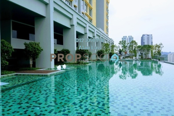 For Sale Serviced Residence at Sfera Residency, Bandar Putra Permai Freehold Semi Furnished 3R/2B 580k