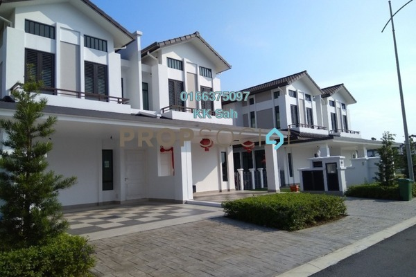 For Sale Semi-Detached at Eco Majestic, Semenyih Freehold Semi Furnished 4R/4B 850k