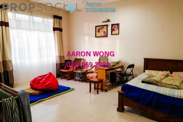For Sale Terrace at Taman Cheng Setia, Melaka Freehold Semi Furnished 5R/3B 550k
