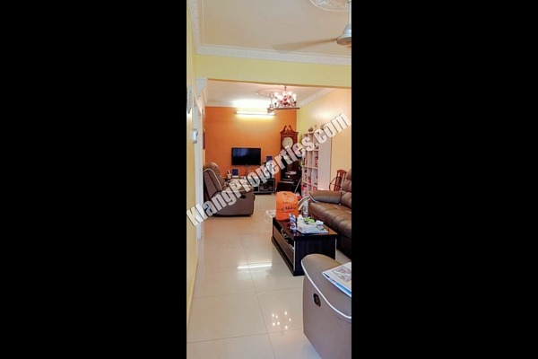 For Sale Terrace at Taman Sentosa, Klang Freehold Semi Furnished 3R/2B 380k