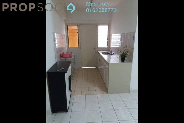 For Sale Apartment at Pelangi Apartment, Mutiara Damansara Freehold Semi Furnished 3R/2B 360k