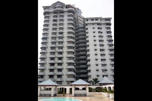 For Sale Condominium at Menara Polo, Ampang Hilir Leasehold Fully Furnished 3R/2B 650k