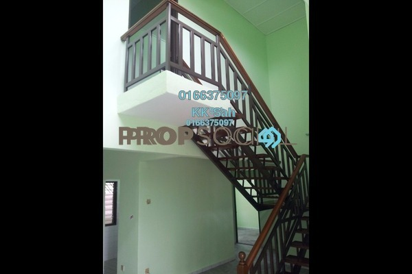 For Sale Condominium at Pelangi Court, Klang Freehold Unfurnished 4R/3B 270k