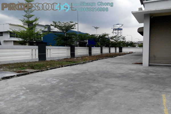 For Sale Factory at Semenyih Hi-Tech Industrial Park, Semenyih Freehold Unfurnished 2R/3B 2.4m