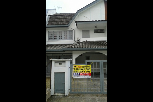 For Rent Terrace at USJ 4, UEP Subang Jaya Freehold Unfurnished 4R/2B 1.45k