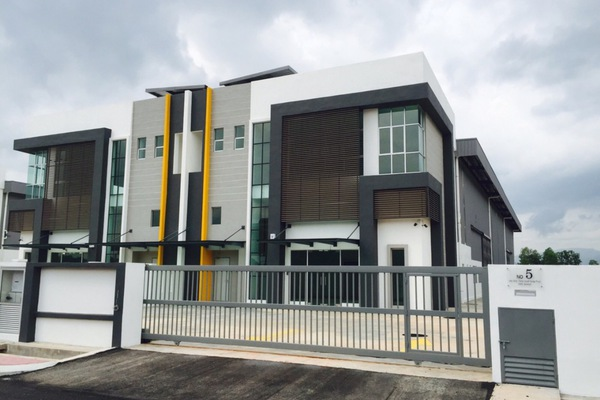 For Rent Factory at LEKAS 18, Semenyih Freehold Unfurnished 0R/1B 15k