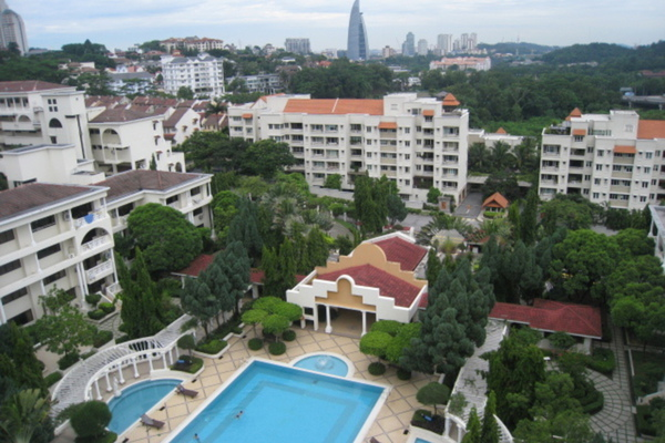 For Sale Condominium at Tivoli Villas, Bangsar Freehold Semi Furnished 2R/2B 1.25m