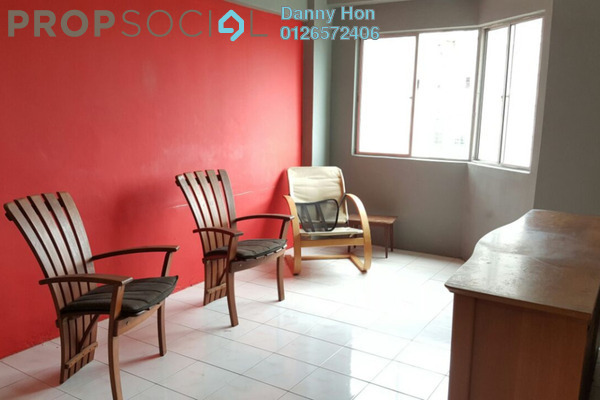 For Sale Apartment at Taman Bukit Serdang, Seri Kembangan Freehold Semi Furnished 3R/2B 260k