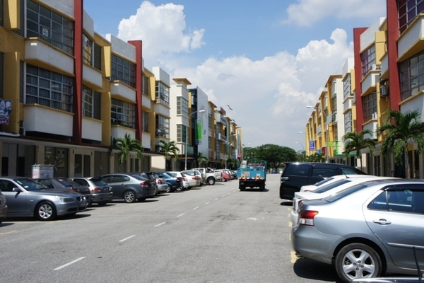 Bayu Tinggi Commercial Centre's cover picture