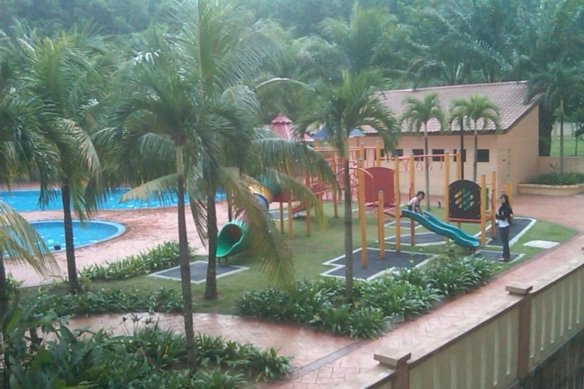 Putra Villa Photo Gallery 2