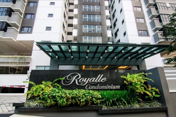 Royalle Condominium Photo Gallery 1