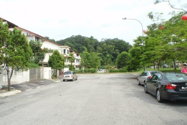 Taman Esplanad in Bukit Jalil