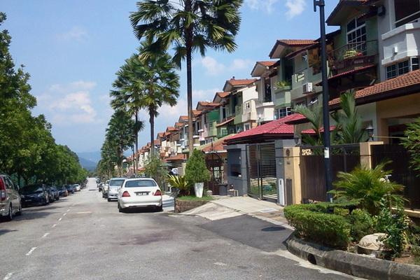 Bukit Segar Jaya's cover picture