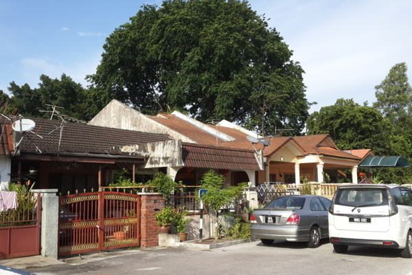 Taman Ayer Panas's cover picture