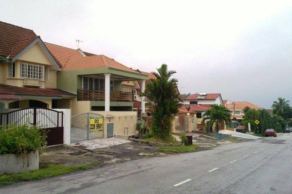 Taman Bukit Permai's cover picture