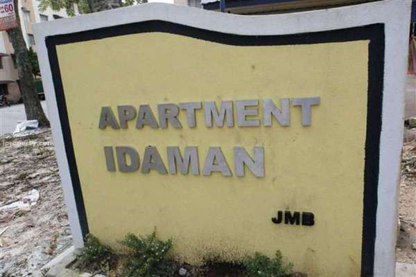 Idaman Apartment's cover picture