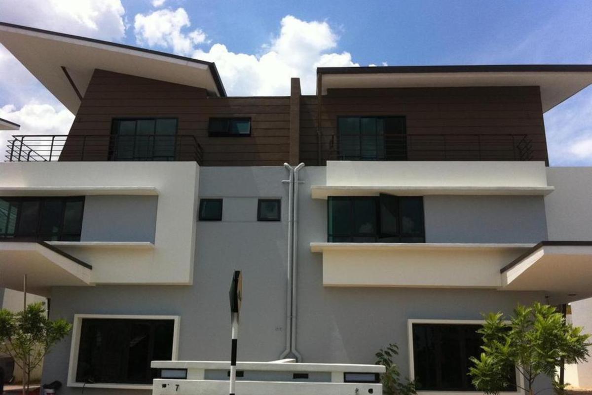 Bukit Suria Photo Gallery 5
