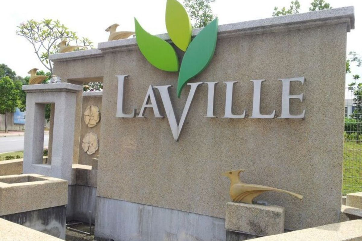 LaVille Photo Gallery 0