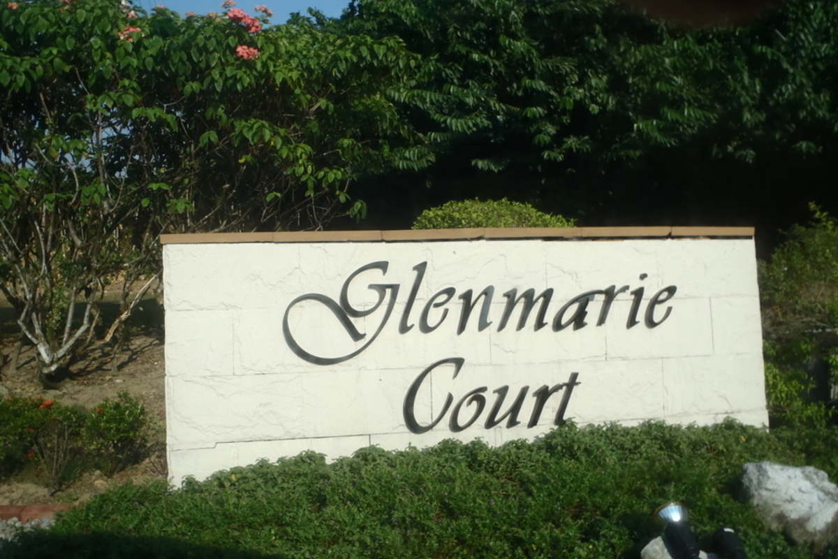 Glenmarie Courts Photo Gallery 1