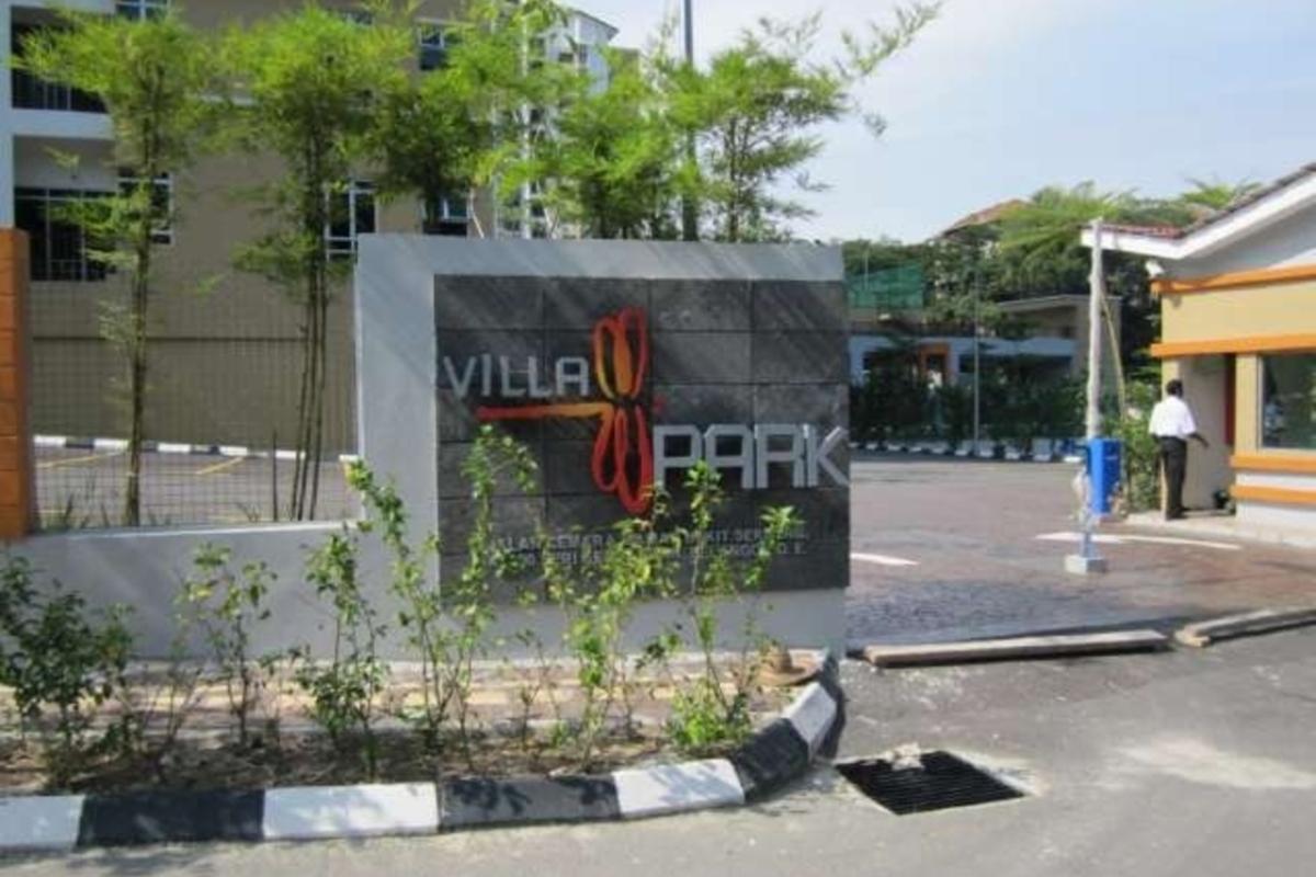 Villa Park Photo Gallery 1